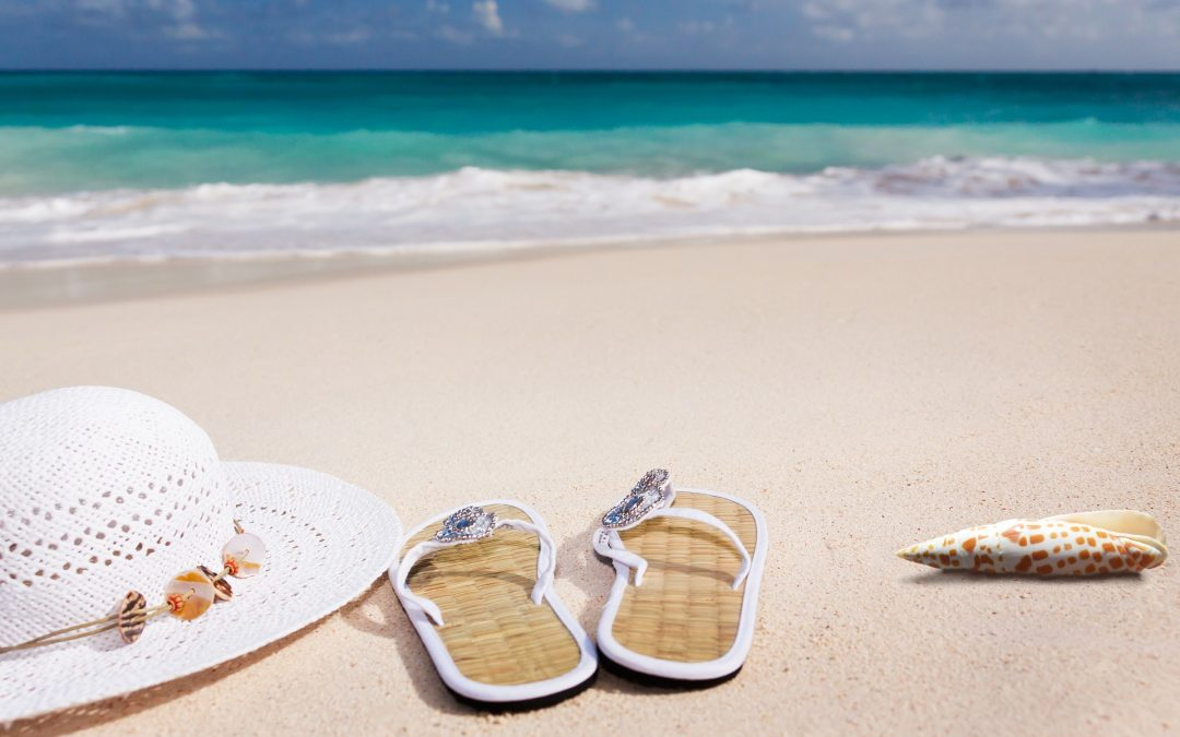 It's beach weather and here are 6 beaches we recommend for Costa del Sol and Costa Blanca enjoy!